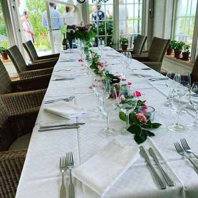 Dukat bord för bröllop